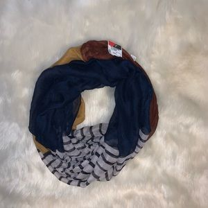 ❄️Solid/Stripe Infinity Scarf